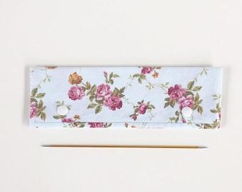 "20cm / 8"" DPN Holder / Case / Cosy Vintage Roses fir Knitting"