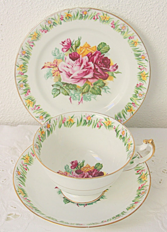 Vintage Imperial Tea Trio, Cup and Saucer and Pastry Plate, Daffodil and Rose Decor, 22 kt Gold