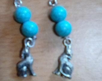 Wolf earrings, full bodied, howling OOAK
