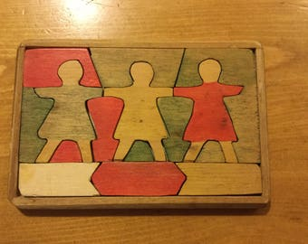 Small Waldorf Style Wooden Puzzle Three Friends