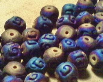 Raku ceramic beads;  beautiful and rare, cobalt iris wash, engraved raku ceramic beads, approximately 9-10mm, 6pcs/3.00.