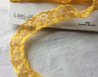 """Yellow Gold Lace Trim 7/8"""" wide x 2-3/8 yards long"""
