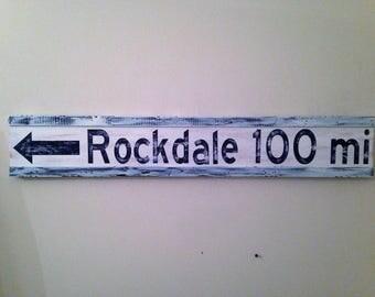 Personalized destination sign/custom mileage wood sign/directional mileage sign/mileage marker sign/rustic mileage marker/housewarming gift