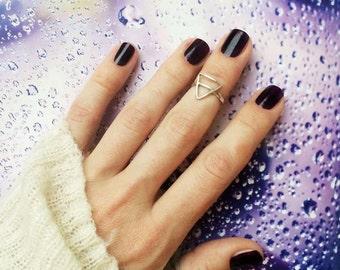 Phalanx triangle ring, silver ring for phalanx, small ring, handmade ring, ring a gift, triangle ring, simple ring, midi ring, nice ring