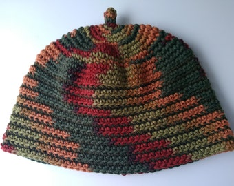 Crochet winter hat with natural color blocking in green red orange