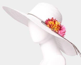 White Wide Brim Flower Straw Floppy Sun Hat