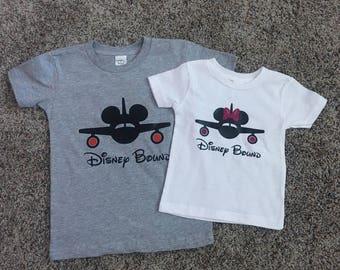 Disney Bound // Matching Disney Shirts // Disney Shirt // Disneyland // Disneyworld // Travel outfit