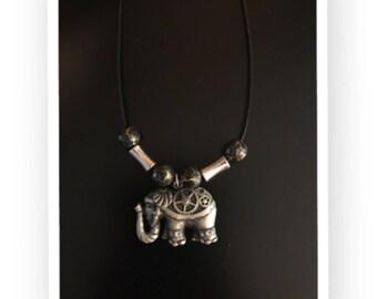 Geared Elephant