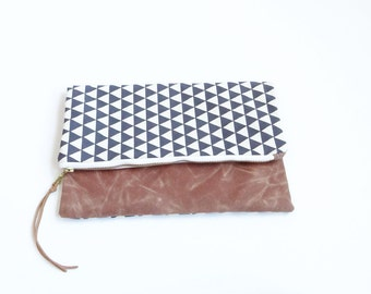 Reversible Waxed Canvas Foldover Clutch - Natural Canvas with Faded Black Triangle Pattern