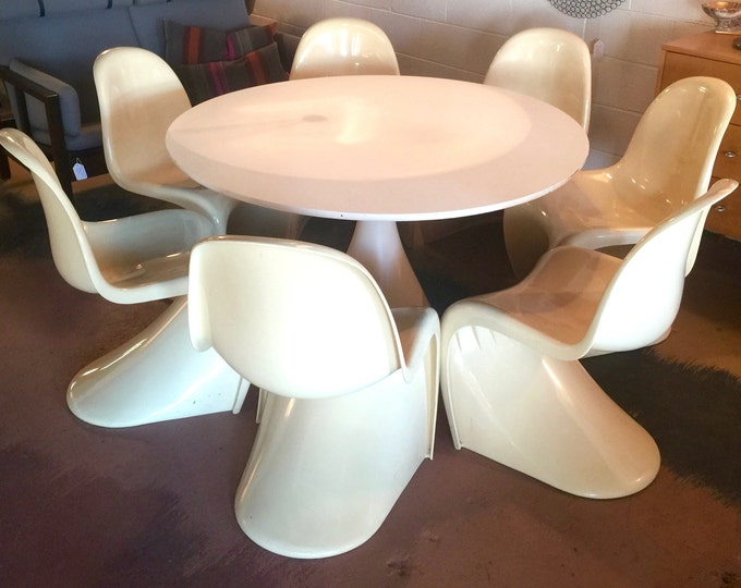 """9 Vintage Verner Panton Style """"S"""" Molded Fiberglass Stackable Chairs"""