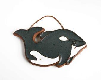 Vintage Victoria Littlejohn Stoneware Ceramic Orca Whale Trivet Wall Hanging Art