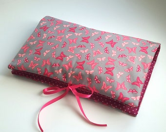 Cover 3-in-1 grey and fuchsia Pink Butterflies: range layers, protects health book and mini-matelas changing