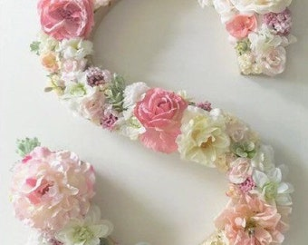 Letters and numbers of flowers