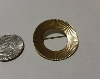 Vintage sterling silver gold plated circle pin baer