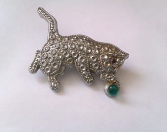 silver coloured cat brooch