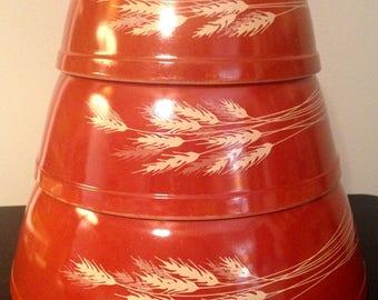Pyrex Autumn Harvest Set of 3 Bowls - Tan on Rust 402, 403, 404