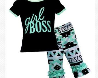 girls capri pants set , girl boss capri pants set , toddler carpi set .