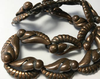 Mid Century Modern Necklace . Copper  .  Costume Jewelry