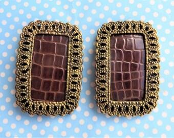 Vintage antique gold tone shoe clips by Bluette of France