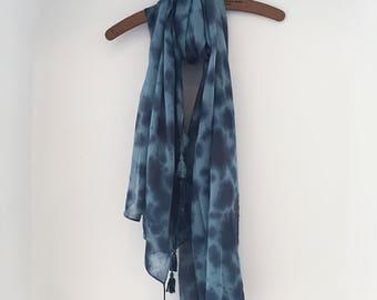 Boho Tie Dye Tassel Shawl - tie dye scarf, tie dye pashmina, cotton shawl, summer scarf, bohemian, tassel scarf, Coachella, festival fashion