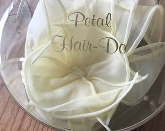 ON SALE-Vintage Petal Hair Do- petals and original package-WAS 18