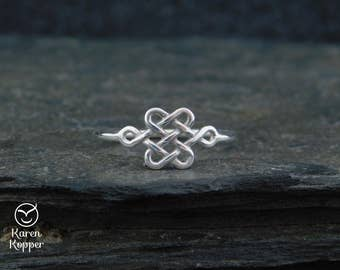 Size US 8 ready to ship - Celtic Knot ring, sterling silver 0.925, lovers knot, endless knot, love ring, friendship, engagement ring 189