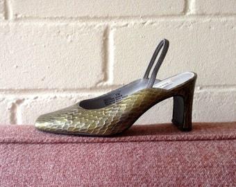 Vintage green reptile skin heels / 7