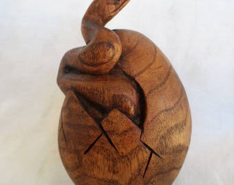 Snake wood carving (#snkegg6.5)