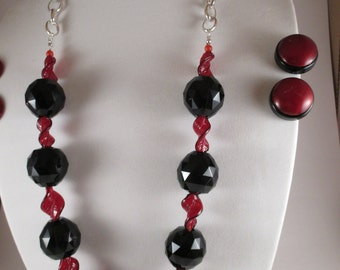 Black and Red Necklace and Earrings (2 pairs of clip ons)