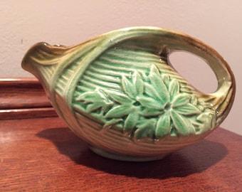 Wonderful Vintage McCoy Pottery Daisy Creamer