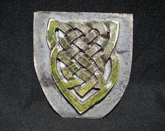 Celtic shield knot ceramic tile decoration