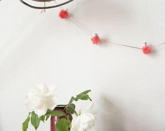 Pompom Garland raspberry