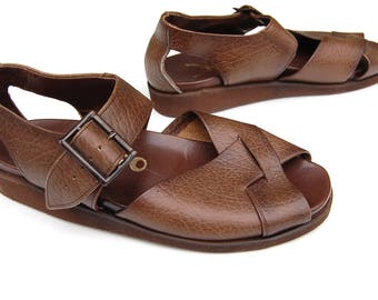Vintage Brown Leather Sandals Size EU 40 - UK 6 - US 7 Mens's 70s Bohemian Closed in Heel/Open Toe/Wide Crisscross Straps New/Unworn