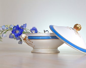 Vintage Porcelain Veggie Tureen, Porcelain Centerpiece, Cobalt Blue and Gold Table Centerpiece, Porcelain Serving Display Bowl