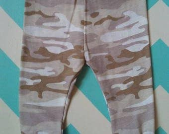 ON SALE****Camo baby leggings (regularly 8.00), baby boy leggings, camo baby, country baby