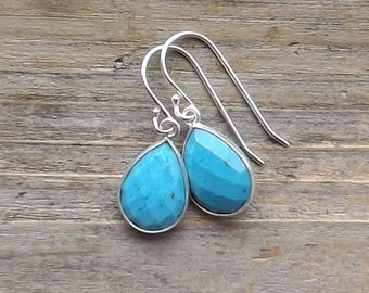 Sterling silver turquoise earrings / Teardrop turquoise howlite dangles / Faceted pear turquoise silver bezels