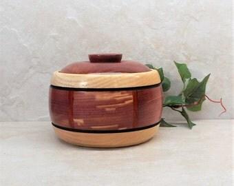 Cedar Chest Bowl,7 Day Pill Organizer,Cedar Accessory Box,Unusual Cedar Pill Box,Flash Drive Thumb Drive Storage,Custom Dental Floss Bowl