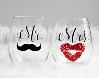 His and Hers Stemless Wine Glasses, Wedding Gift, Mr, Mrs, Stemless Wine Glass, Wine Glass Gift Set, Gift for Couples, Personalized Wine, Gi