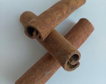 Cinnamon Sticks (Cinnamomum cassia)