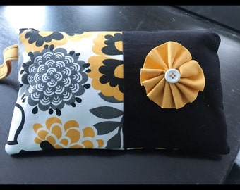 SALE !! Black & Yellow Floral Wristlet // Large // gifts under 20