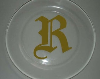 Set of 4 Clear Glass Dinner Plates With Initial