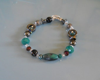 bracelet with  stone center bead