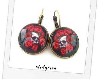 Earrings red • pink skull rock • bronze • vintage• cabochon
