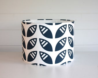 Leafy Lampshade in Midnight Blue