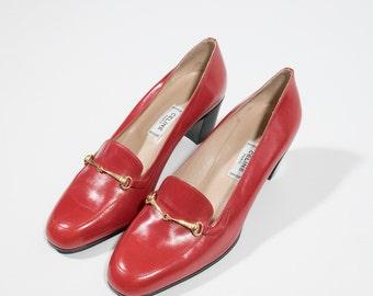 CÉLINE - red leather decolletè