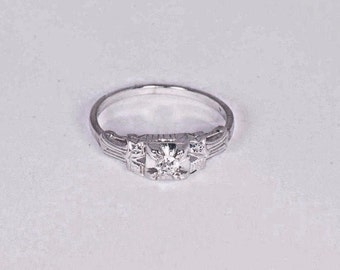 18K White Gold Filigree Diamond Chip Ring, size 7.25