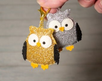 Owl charm Zipper charms Cute keychain Glitter key fob Gold charm Silver keychain Owl pendant Christmas gift Girlfriend gift Kawaii animal