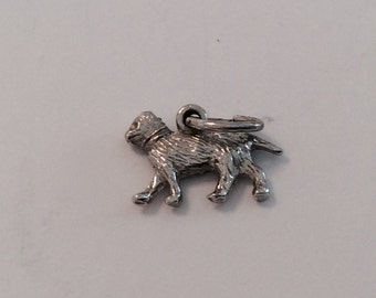 Cat vintage sterling silver charm #441