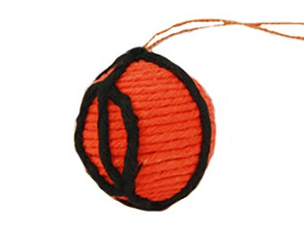 Yarn Basketball Ornament - Colombia