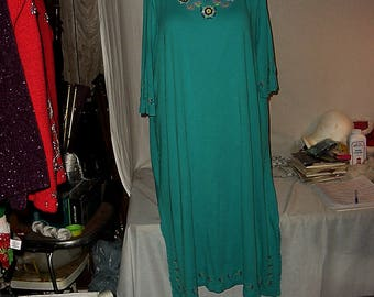 Vintage Patio wear Lounge wear Beach wear cover-up stitched design